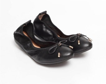 LOVE - Black Leather Almond Toe Ballet Flats