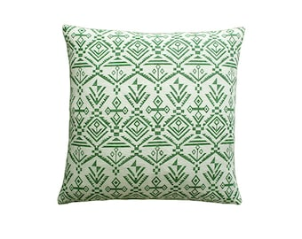 White pillow cover,green pillow cover,pillow cover,decorative pillow,throw pillow,pillow,pillow covers,home decor,pillows,accent pillow