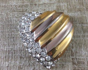 Stunning Vintage Estate Gold Tone Rhinestone Heart Shaped Brooch