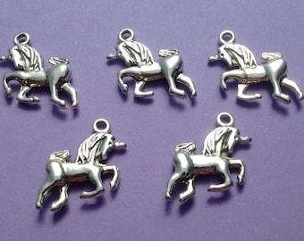 6 Unicorn Charms Silver - CS3010