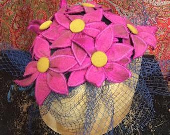 Floral hat/fascinator