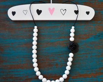 Black Flower Silicone Teething Necklace, Baby Teething Necklace, Black and White, BPA free, Baby Shower Gift, Silicone Rose,