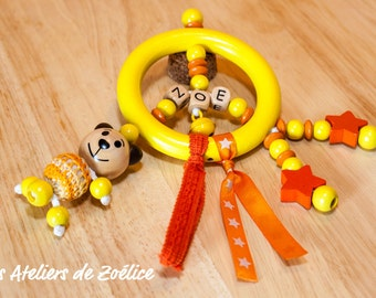 Customizable wooden beads rattle