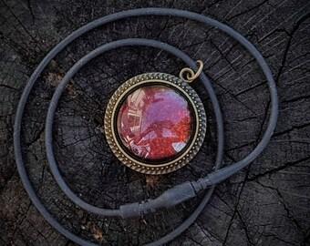 Multichrome Flake Effect Necklace (Nfu Oh 51), Maroon Flake Effect Necklace, Painted Glass Necklace, Antique Bronze, Black Silicone Chain