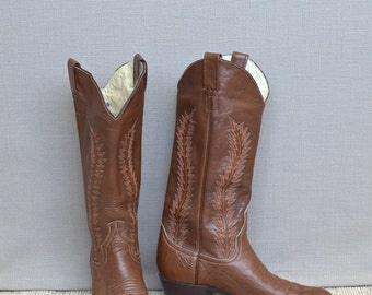 SALE! Vintage Larry Mahan Cowboy Boots, Cowgirl Boots, Western Boots, Stitched Leather Cowboy Boots, Size 8N