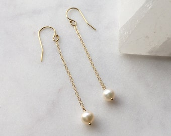 Perfect Pearl Chain Drop Minimal Natural FWP Freshwater Dangle Chic Minimal Round Classic Beautiful Wedding Earrings // 14K Gold Filled