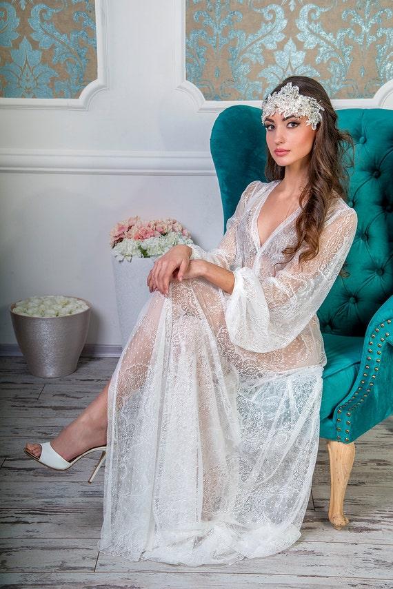 bridal robe Style 1607...