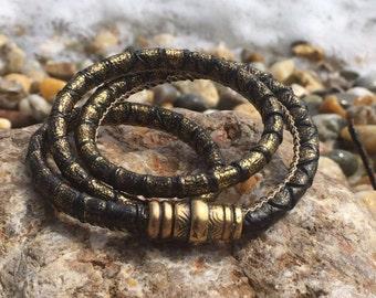 Glittering snake bracelet