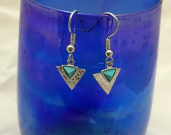 Silver triangle earrings with turquoise stone