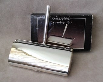 Vintage Silver Plated Crumber Set, Elegance Silver Plate Silent Butler, Crumb Catcher, Ramasse-Miettes Crumber Set