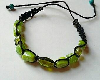 Grönmossa glassbeads makramé bracelet