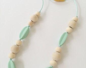 mint starfruit & wood boho mom teething necklace