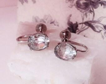 Dafri Oval Cut Rhinestone Screw back Earrings Vintage 1950s