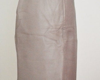 SALE Was 15 NOW 10 Vintage Grey Leather Skirt