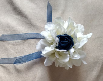 Navy and white flower bracelet corsage