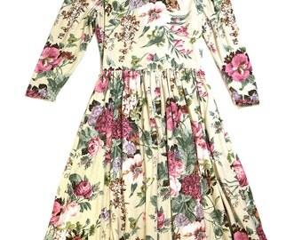 Impromptu 80's adorable floral dress