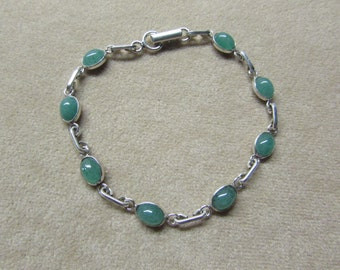 Beautiful Aventurine STERLING silver 8-stone bracelet.
