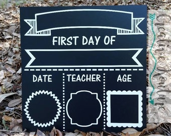 First Day of School Board,  Back to School Board, School Board,Personalized,Kindergarten, Creativekouturebykarla, First day of school sign