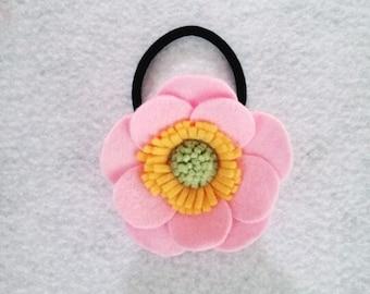 Felt Anemone Hair Tie - Light Pink