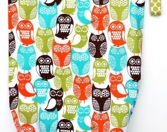 X-Large XL Wet bag 16 X 22 x 6 / Swim / Diapers / Gym /  Swedish Owls Fabric / SEALED SEAMS and Snap Strap