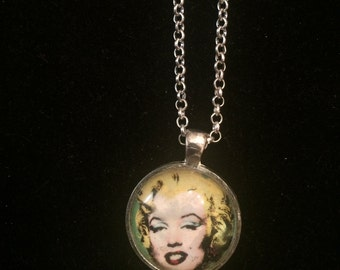 Marilyn Monroe Blonde Small Round Silver Pendant Necklace