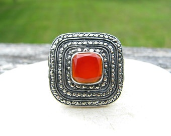 Striking Carnelian Marcasite Ring in Sterling Silver, Beautiful Stones with Triple Halo. Leaf Design on Shoulders, Vintage Statement Ring