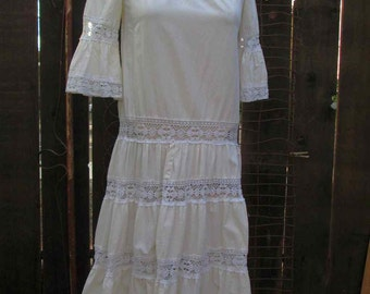 70s Mexican Lace dress cream cotton muslin vintage 70s Lace cotton dress Bell sleeves S M