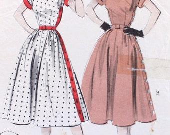 """1950s Sewing Pattern / 1950s Side Button Full Skirt Dress Pattern / Butterick 6412 / Bust 32"""" Waist 26.5"""""""