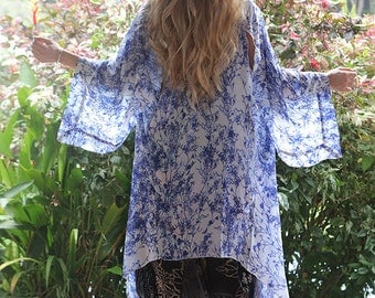 Kimono Daneh, wrap, robe, cardigan, beach cover up, hand painted dainty floral pattern, blue and white, soft flowy