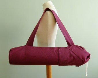 Yoga Mat Bag. Gift for Mom under 50. Plum Purple Yoga Bag. Yoga Mat Tote. Yoga Mat Carrier. Yoga Gym Bag. Yoga Accessories. Yoga Fashion