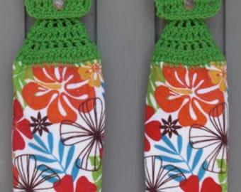 Hanging Kitchen Towels ,Crochet Button Top, Matching Pair,Hostess Gift, Hanging Kitchen Towel Set,Dish Cloths, Flowers