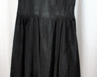 Vintage Black Rayon Dress with Lace and Side Metal Zipper 1940s 1950s/ Black Lace Party Dress