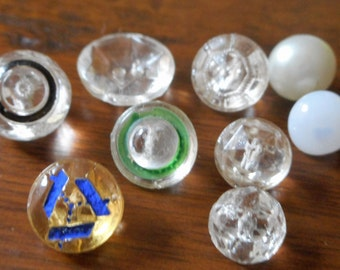 Lot mix of 8 Tiny VINTAGE Painted Clear & White Glass Baby Doll BUTTONS  C6