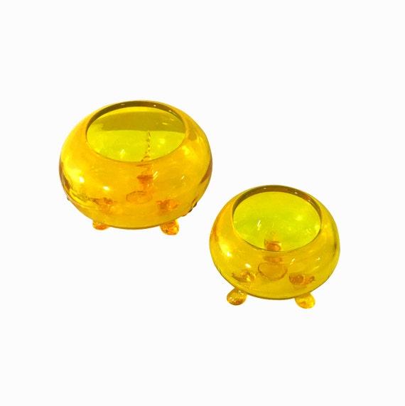 Mid Century Glass Highlighter Yellow Set, Tri Pod Legs