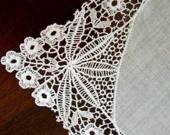 White Lace Hankie, Vintage 1930s, bride wedding something old