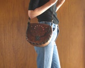 1960s HAND TOOLED & PAINTED floral leather purse