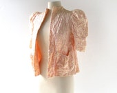 Vintage Bed Jacket / 1940s Lingerie / Pale Pink Quilted Bed Jacket / XXS XS