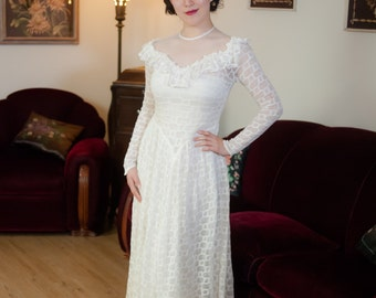 Vintage 1930s Wedding Dress - Fabulous Sheer White Cotton Lace Late 30s Bridal Gown with Mesh Net Neckline and Ruffles