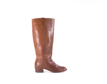 Brown Boots Knee High Campus Style  Vintage 1970s Tall Cognac Riding Flat Boots Womens Size 7.5