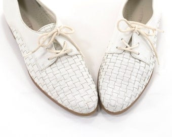 Woven Leather Flats Vintage Lace Up Oxfords White Loafers Size 7.5