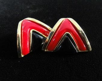 Vintage 80's Red & Black Enamel Earrings- Enamel Chevron Gold Pierced Post Earrings Retro Earrings Geometric Triangle Earrings 1980s