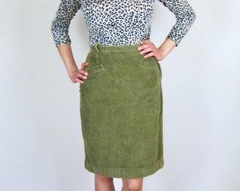 Soft High Waisted Green Corduroy 80's Skirt