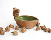 Retro Ceramic Nut Dish with Squirrel / Woodland Trinket Dish / Small Bowl with Squirrel on a Nut / California Pottery Nut Bowl