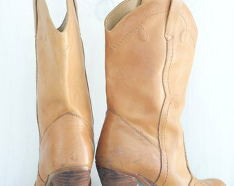Vintage 1970's Leather Campus style Boots / hippie boho style / made in Romania