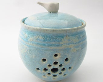 Little Birdie Garlic Keeper // Garlic Jar in Antique Blue