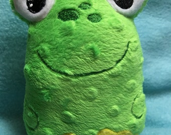 Small Frog Stuffie