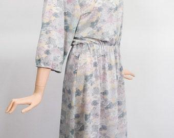 Vintage Pastel Floral Midi Dress / 70s Sheer Spring Shirtdress / 1980s Secretary Dress / 80s Blouson Day Dress / Feminine Romantic / Medium