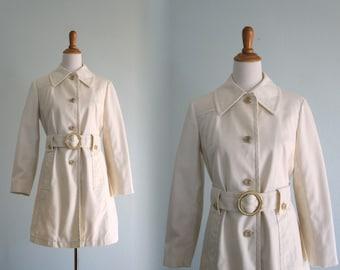 Swinging 60s Mod White Trench - Vintage London Fog White Trench Coat - Vintage 1960s Trenchcoat M L