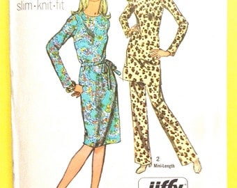 70s Simple to Sew Miss Petites and Misses Jiffy Dress, Tunic and Pants Vintage Sewing Pattern Bust 34