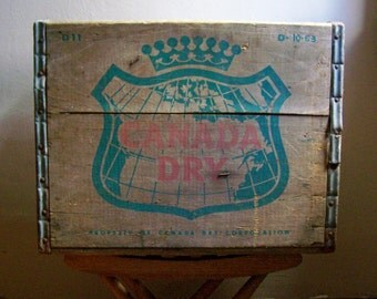 Vintage 1963 Canada Dry Beverage Crate ~ Wooden Box ~ Vintage Storage ~ D-10-63